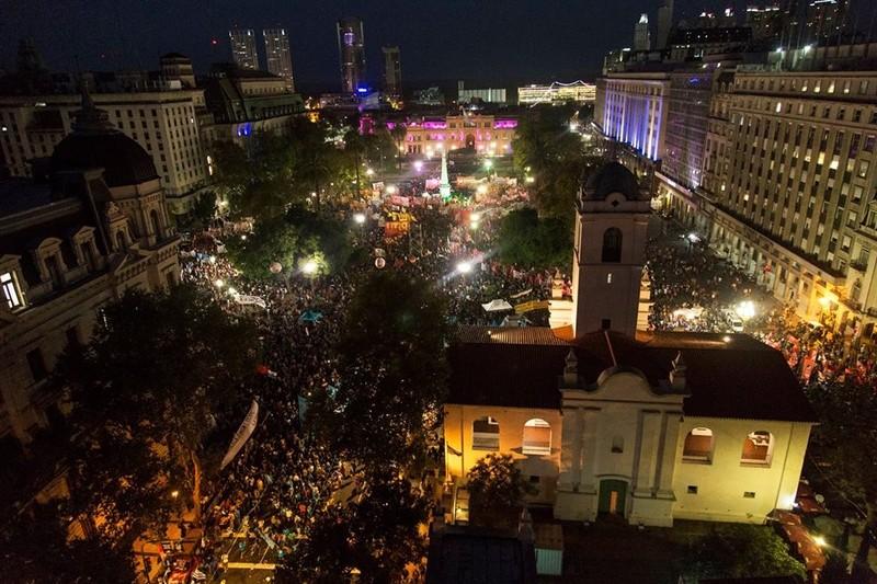 plaza de mayo 24 de marzo