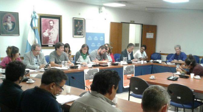 Importante Audiencia Pública con trabajadores telefónicos contra la fusión Telecom-Cablevisión